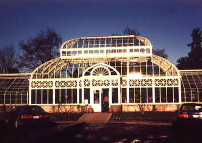 Curved glass windows Conservatory
